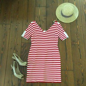 2/$40: Banana Republic 6P Red Striped Dress